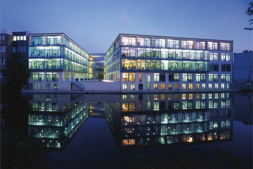 Firmenzentrale-Steria-Mummert-Consulting-beauftragt-PR-Agentur-Fink-Fuchs