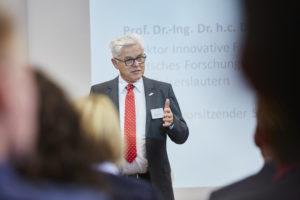Personalmanagement-Digitalisierung-und-Arbeitgeberkommunikation-Jahrestagung-Kaiserslautern-Prof-Detlef-Zuehlke