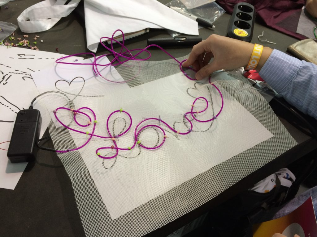 re:publica Makerspace - hier entstehen neue Love-Wearables